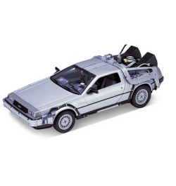 Back to the Future - 81 DeLorean LK