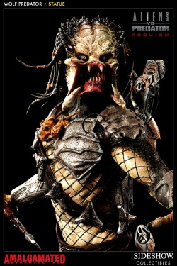 Aliens vs. Predator Requiem Statue