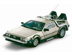 Back to the Future 1/18 DeLorean LK