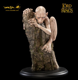 Lord of the Rings Statue Gollum 15