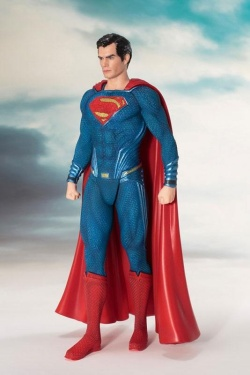 Justice League - Movie ARTFX+ Statue 1/10 Superman 19 cm | Figures.cz