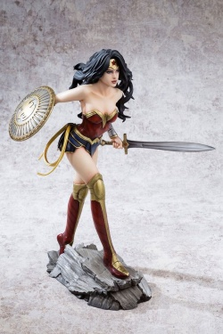 Wonder Woman - Fantasy Figure Gallery PVC Statue Wonder Woman (DC Comics) 30 cm | Figures.cz