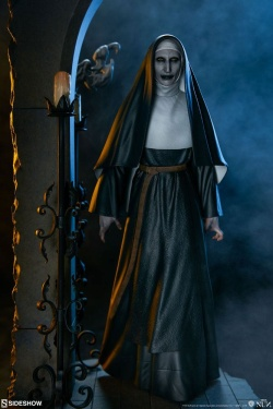 The Nun - Statue The Nun 34 cm