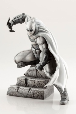 Batman - DC Comics ARTFX+ PVC Statue 1/10 Batman Arkham Series (10th Anniversary) 16 cm | Figures.cz
