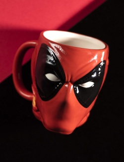 Deadpool - 3D hrnek Deadpool 300 ml